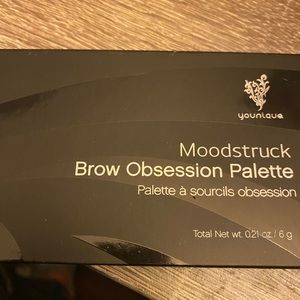 Younique brow pallet new dark brunette